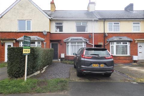 3 bedroom terraced house for sale - Poplar Avenue, Pinehurst, Swindon, SN2