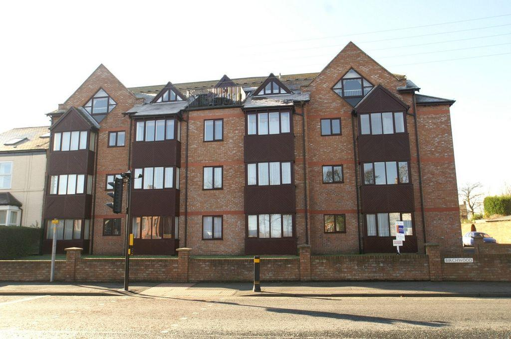 3 Bedrooms Penthouse Flat for sale in Birchwood, East Boldon