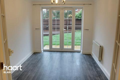 5 bedroom detached house for sale - Swan Close, Leicester