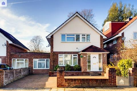 5 bedroom link detached house for sale - Isleworth TW7