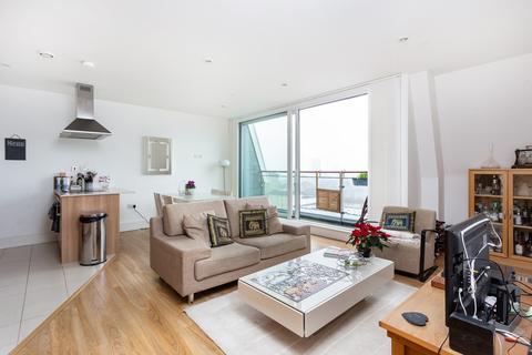 1 bedroom flat for sale - Cornell Square, Nine Elms, SW8