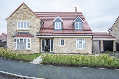 4 bedroom detached house for sale - Siskin Drive, Corbridge NE45