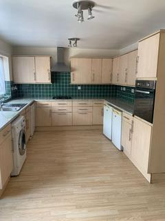 4 bedroom detached house to rent - Brick Lane, Enfield