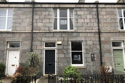 3 bedroom terraced house to rent - Hartington Road , West End, Aberdeen, AB10 6XT