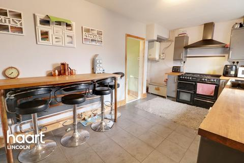 3 bedroom semi-detached house for sale - Abbey Road, Bardney