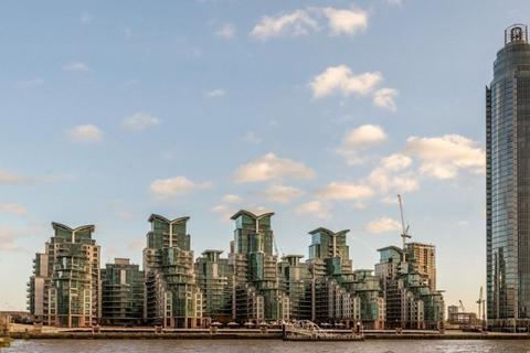 2 bedroom apartment to rent - St Georges Wharf, London, SW8