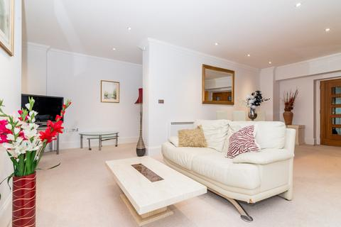 3 bedroom apartment for sale - Lion Court, 12 Shand Street, London, SE1