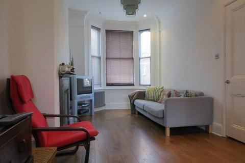 2 bedroom apartment to rent - Monkton Street, London, SE11
