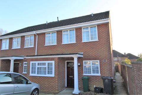 3 bedroom semi-detached house to rent - Draxmont Way, Brighton