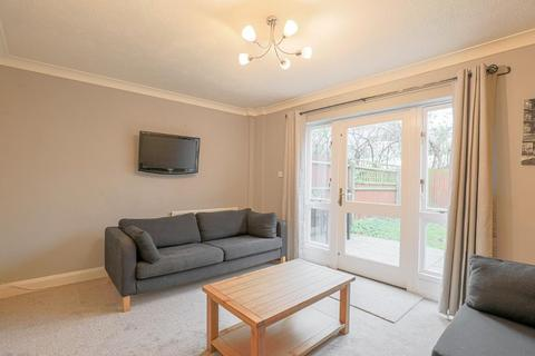 2 bedroom terraced house to rent - Hainton Close, Shadwell, London, E1 2QZ
