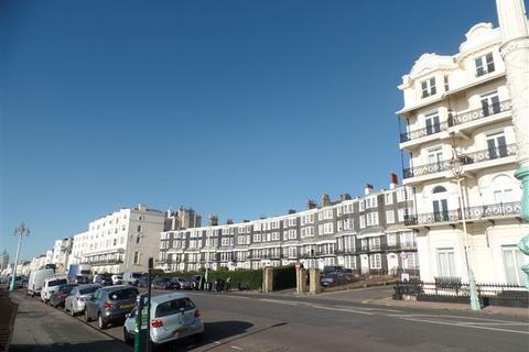 3 bedroom maisonette to rent - Royal Crescent Mews, Brighton