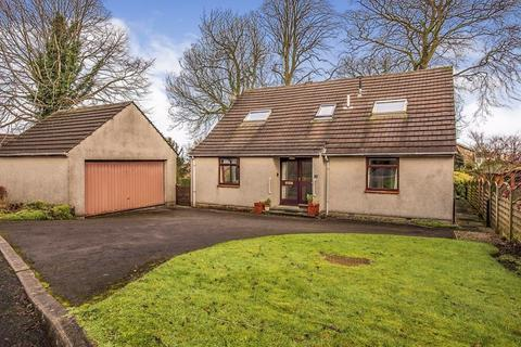 4 bedroom detached bungalow for sale - Generous plot with Estuary Views