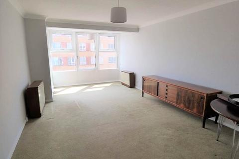 3 bedroom flat to rent - Channings, 215 Kingsway, Hove