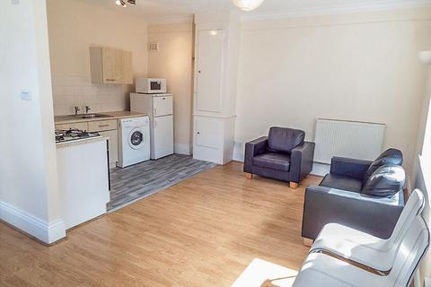 1 bedroom apartment to rent - Westgate Road, City Centre - 1 bedroom - 140pw