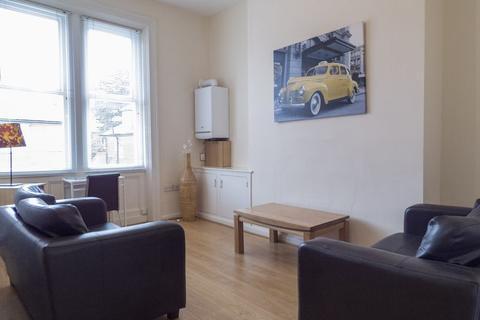 1 bedroom apartment to rent - Grosvenor Road, Jesmond - 1 bedroom - 159pppw