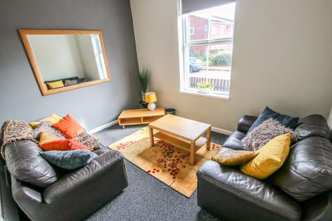 4 bedroom terraced house to rent - Chester Street, Shiledfield - 4 bedrooms - 85pppw