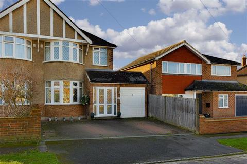 3 bedroom semi-detached house for sale - Devon Way, Epsom, Surrey
