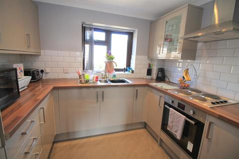1 bedroom flat for sale - Penhill Road, Lancing