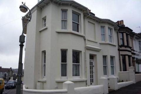 6 bedroom end of terrace house to rent - Richmond Road, Brighton