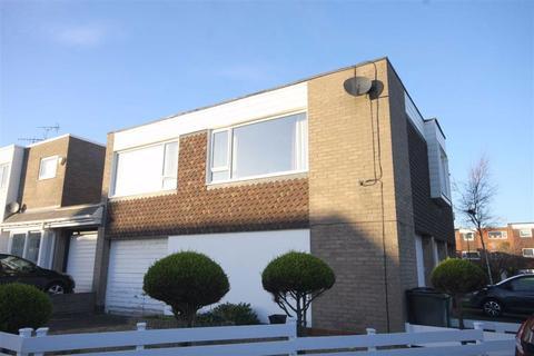 3 bedroom flat for sale - Kingston Close, Whitley Bay, NE26