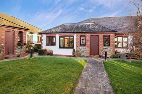 2 bedroom terraced bungalow for sale - Barbican Court, Looe