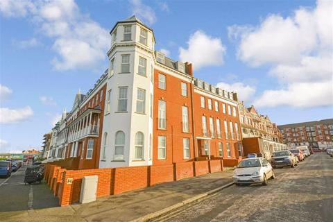 2 bedroom flat for sale - First Avenue, Margate, Kent