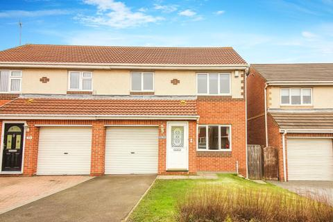 3 bedroom semi-detached house to rent - Holyfields, West Allotment, Newcastle Upon Tyne
