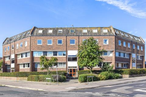 2 bedroom ground floor flat for sale - Highfield Court, Herne Bay