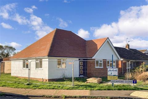 3 bedroom detached bungalow for sale - Sycamore Close, Lydd, Kent