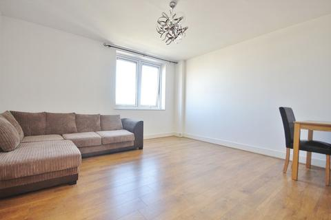 1 bedroom apartment to rent - Skyline Plaza, London