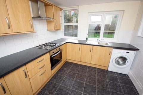 3 bedroom terraced house to rent - LONG LANE, EAST FINCHLEY, N2