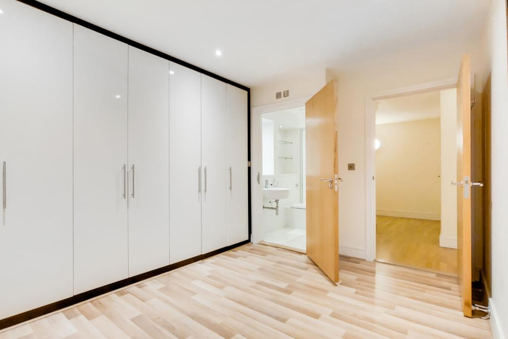 3 Master Bedroom 0