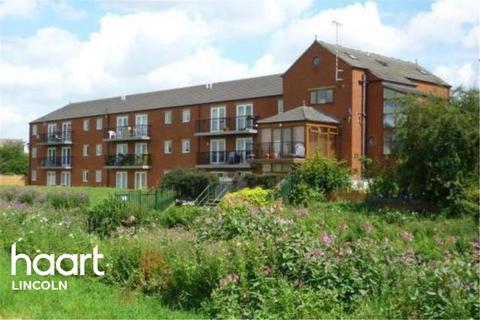 2 bedroom flat to rent - Riverside Lawns