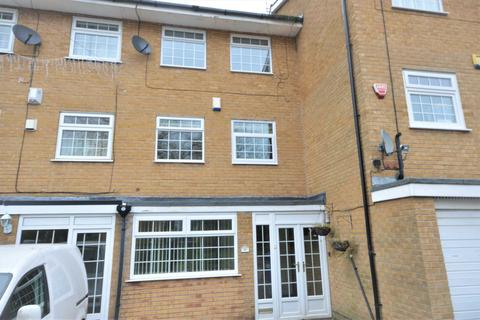4 bedroom house to rent - Plymouth Drive, Bramhall