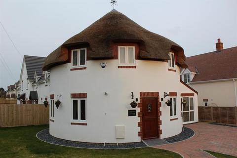 3 bedroom detached house to rent - Huntick Road, Lytchett Matravers, Poole