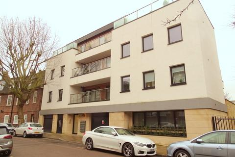 2 bedroom flat to rent - Tunstall Court, Northcote Avenue, Ealing, W5
