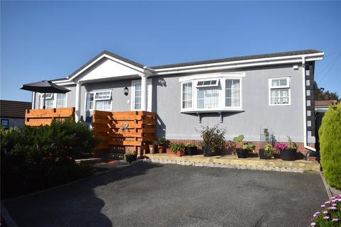 2 bedroom bungalow for sale - Hill Farm Park, Pembroke Dock, Pembrokeshire, SA72