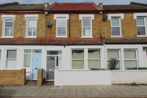 4 bedroom terraced house to rent - Mandrell Road, London