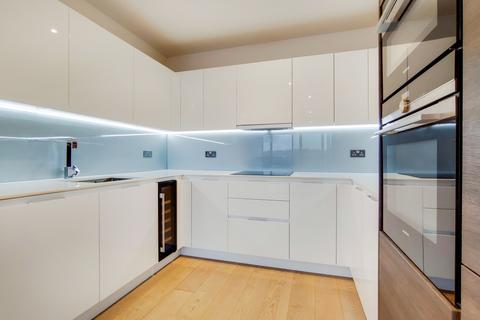 3 bedroom apartment to rent - River Gardens Walk London SE10