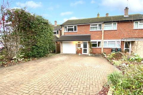 4 bedroom semi-detached house for sale - Ottershaw, Chertsey, Surrey, KT16
