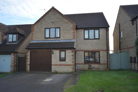 4 bedroom detached house for sale - Blueberry Close, Inkersall, Chesterfield, S43 3GG