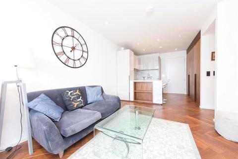 1 bedroom flat - 5 New Union Square, London SW11