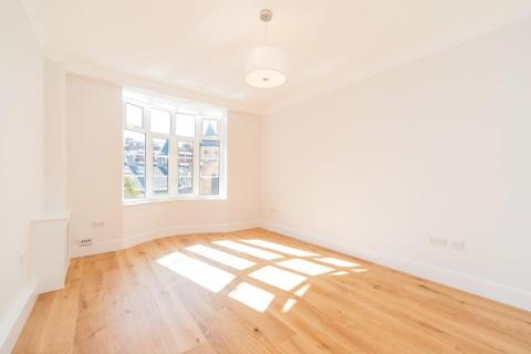 1 bedroom flat to rent - GROVE END GARDENS, GROVE END ROAD, NW8