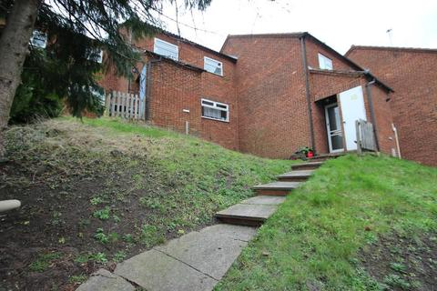 3 bedroom terraced house to rent - Cumbrian Way, High Wycombe HP13