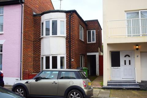 3 bedroom end of terrace house to rent - Richmond Road, Southsea