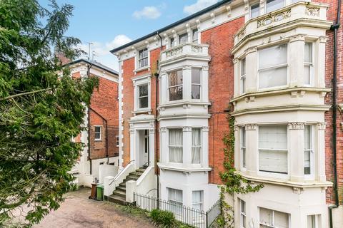 2 bedroom apartment for sale - Montacute Gardens, Tunbridge Wells