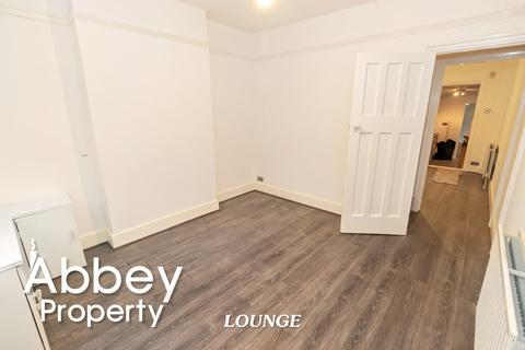 2 bedroom terraced house to rent - Hartley Road - Town Centre - LU2 0HY