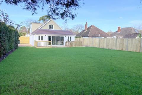 4 bedroom detached bungalow for sale - Ferndown, Dorset, BH22