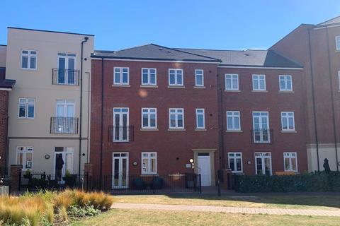 2 bedroom apartment to rent - Abbotsbury Court, 58 Rumbush Lane, Dickens Heath, SOLIHULL, B90