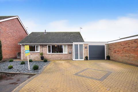 3 bedroom detached bungalow for sale - Heidi Close, Dereham